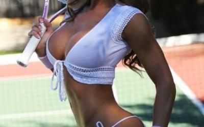 Как изгубих девствеността си с учител заради тенис кариера | Секс разкази
