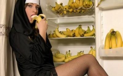 Монахинята, която стана палаво мамче | Инцест | Ева търси адам | Секс изповеди