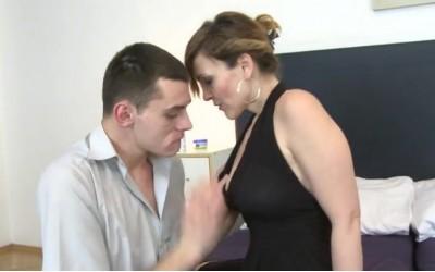 Секс с Зрели Жени | Ебах леля | Яко ебане | Bulgarian Mature | Секс разкази