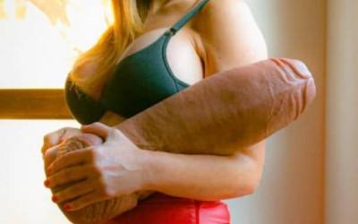 Студентка жадна за секс чука съквартирантка със секс играчки голямо дилдо и вибратор | Секс разкази
